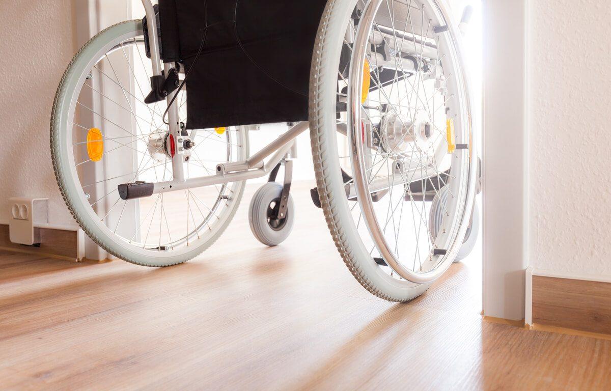 Getelo und Gölenkamp: Behindertengerechtes Zimmer im Erdgeschoss mit Badezimmer (ebenerdige Dusche)
